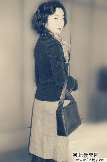 衣服 设计图 铅笔 手稿 旗袍展示